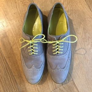 Cole Haan Taupe Wingtip Oxfords size 8